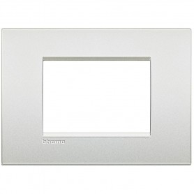 BTICINO LIVING LIGHT AIR LNC4803PR PLACCA 3 POSTI MODULI BIANCO PERLA
